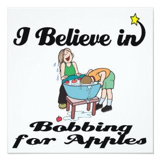 creo en el meneo para las manzanas invitación 13,3 cm x 13,3cm