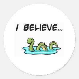 Creo en el monstruo de Loch Ness Pegatina Redonda