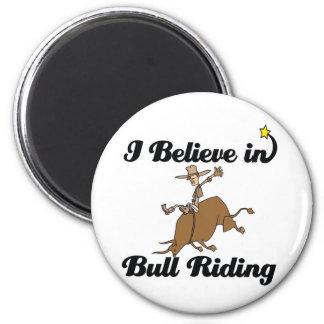 creo en el montar a caballo del toro imanes para frigoríficos