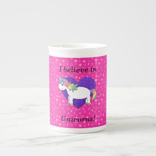 Creo en estrellas del rosa de los unicornios taza de china
