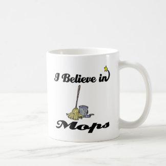 creo en fregonas tazas de café