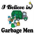 creo en hombres de basura escultura fotografica
