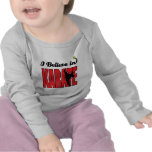 creo en karate camiseta
