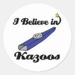 creo en kazoos etiquetas redondas