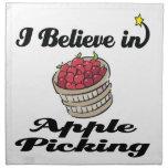 creo en la cosecha de la manzana servilleta de papel
