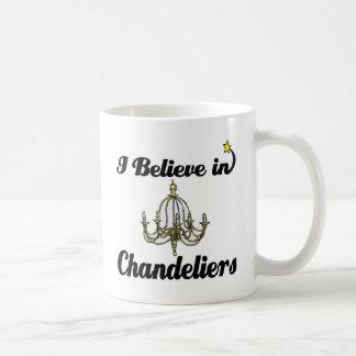 creo en lámparas taza clásica