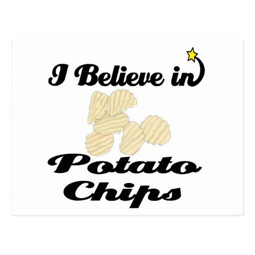 creo en las patatas fritas postal