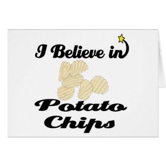 creo en las patatas fritas tarjeta de felicitación