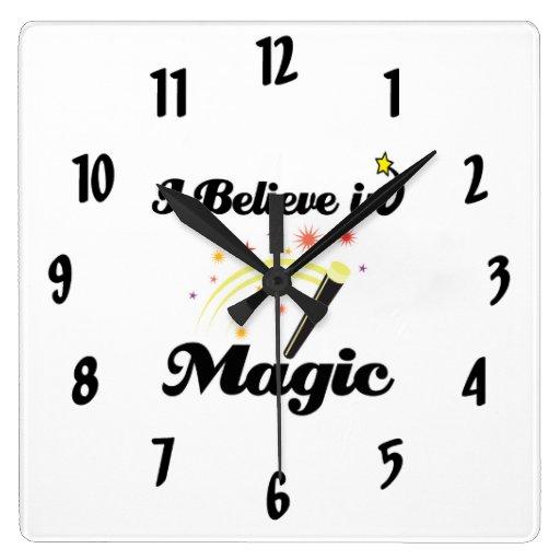 creo en magia reloj de pared