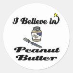 creo en mantequilla de cacahuete etiquetas redondas