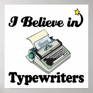 creo en máquinas de escribir póster