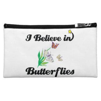 creo en mariposas