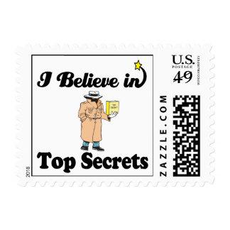 creo en máximos secretos estampillas