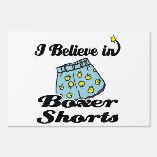 creo en pantalones cortos del boxeador carteles
