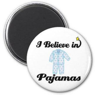 creo en pijamas imán redondo 5 cm
