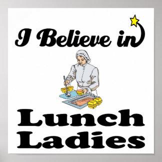 creo en señoras del almuerzo póster