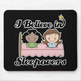 creo en sleepovers tapete de ratones