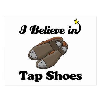 creo en zapatos del golpecito tarjeta postal