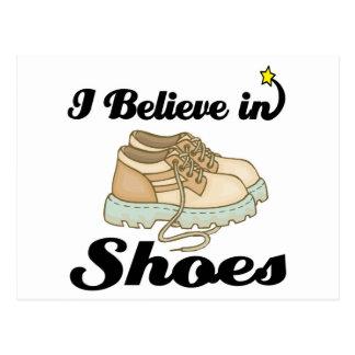 creo en zapatos postales