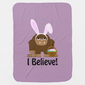 ¡Creo! Pascua Bigfoot Mantas De Bebé