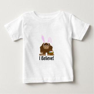 ¡Creo! Pascua Bigfoot Polera