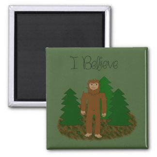 Creo que - Bigfoot - cambie el color Imán Cuadrado