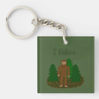 Creo que - Bigfoot - cambie el color Llavero Cuadrado Acrílico A Doble Cara