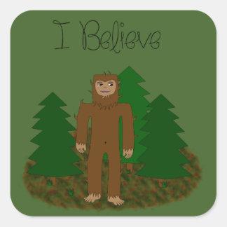 Creo que - Bigfoot - cambie el color Pegatina Cuadrada