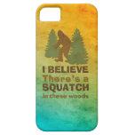 Creo que hay SQUATCH en estas maderas iPhone 5 Case-Mate Protector
