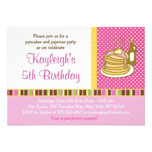 Crepes e invitaciones del cumpleaños del chica del anuncios