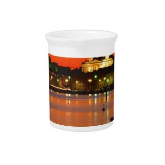 Crepúsculo anaranjado Helsinki Finlandia Jarra Para Bebida