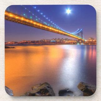 Crepúsculo George Washington BridgePalisades NJ Posavasos De Bebidas