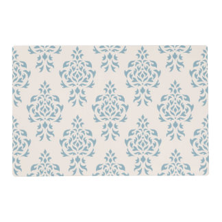 Crest Damask Repeat Pattern – Blue on Cream