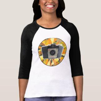 Cresta vintage camera geometric background t shirt