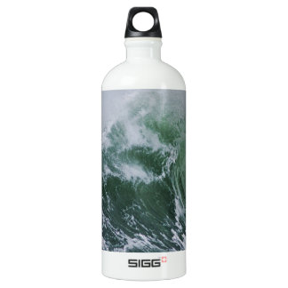 Cresting Storm Waves in the Pacific Aluminum Water Bottle
