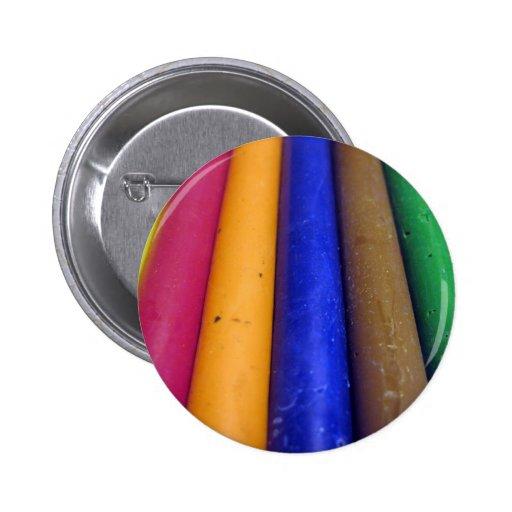 Creyones coloridos pin
