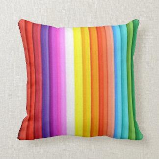 Creyones multicolores del lápiz del color cojin