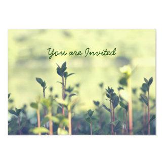 Crezca un poco los verdes inspirados de los invitación 12,7 x 17,8 cm