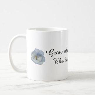 Crezca viejo junto con mí la taza azul del regalo