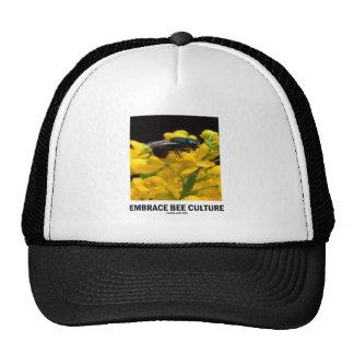 Cría de abeja del abrazo (abeja en la flor del bér gorros bordados