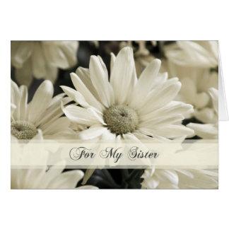 Criada de la hermana de las flores blancas de la t tarjeta de felicitación