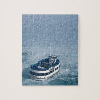 Criada del cierre de la niebla encima de Niagara F Puzzles Con Fotos