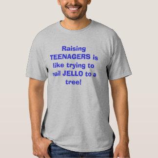 Criar a ADOLESCENTES es como intentar clavar Remeras