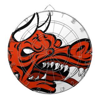 Criatura de la cara del dragón del demonio