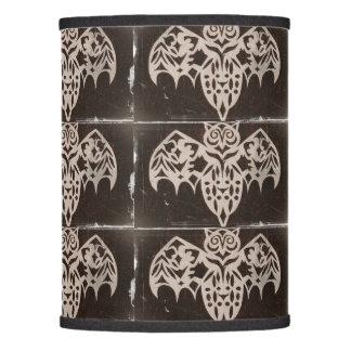 Criatura esquelética antigua de la noche pantalla de lámpara