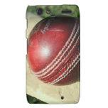 cricket-ball-and-bat.jpg droid RAZR funda