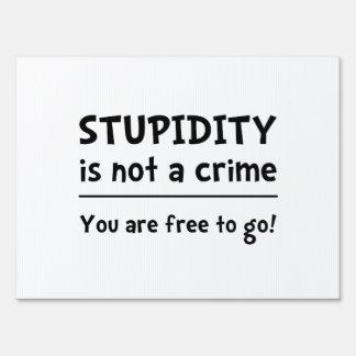 Crimen de la estupidez señal