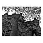 Cripta gótica abrigada tarjetas postales