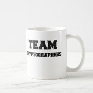 Criptógrafos del equipo taza básica blanca