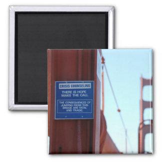 Crisis de puente Golden Gate que aconseja el imán